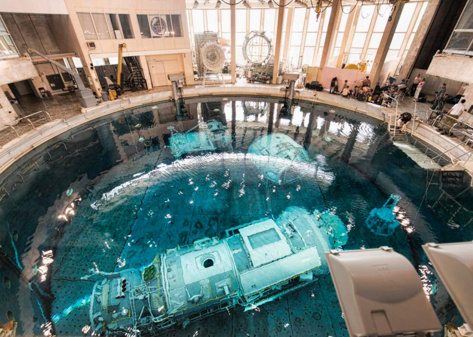_images/infrastructure-neutral-buoyancy-hydrolab.jpg